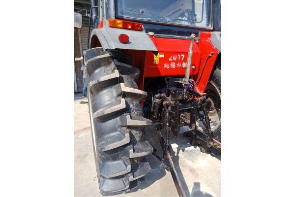 东方红LF954S动力换挡拖拉机