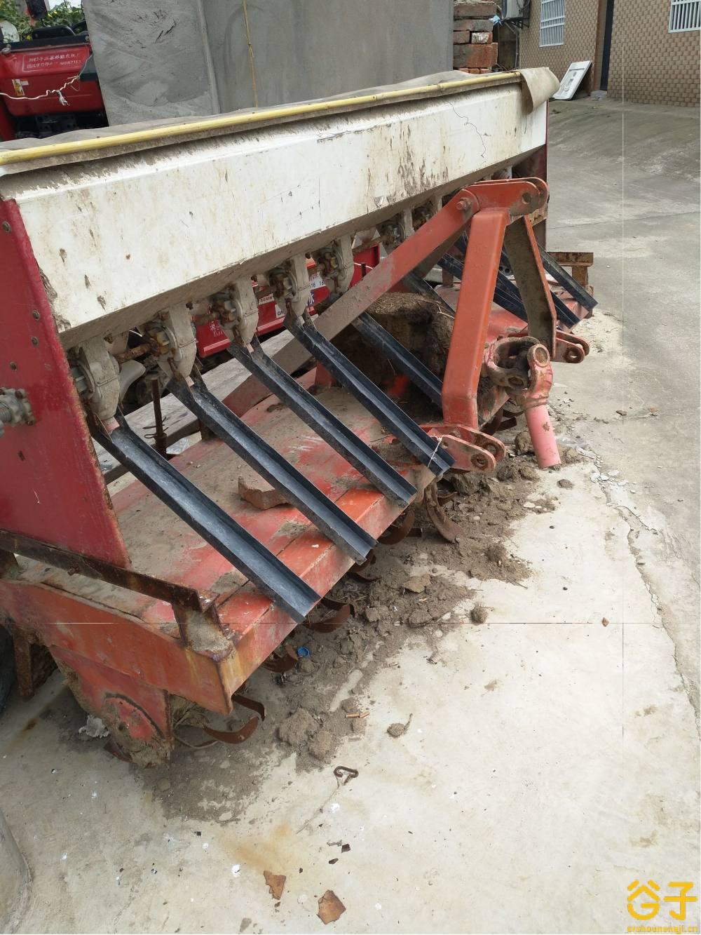 东方红LY1004轮式拖拉机