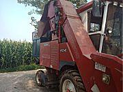洛阳福格森4YZ-4E自走式玉米收获机