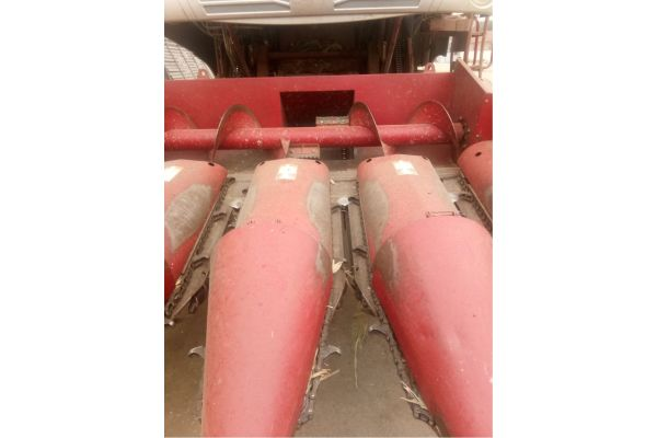 勇猛4YZ-4X玉米收割机