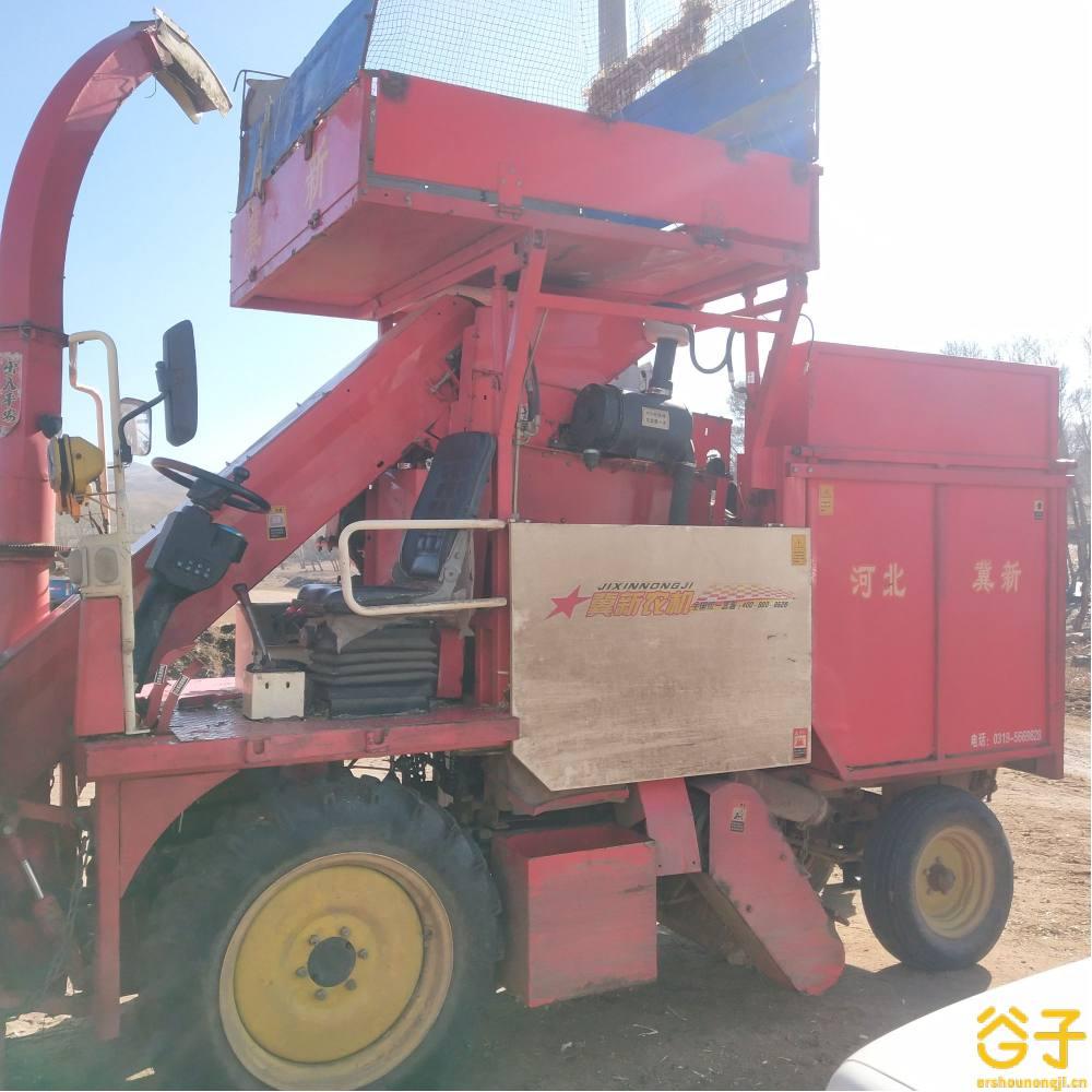 冀新4YZQ-2两行茎穗兼收玉米收割机