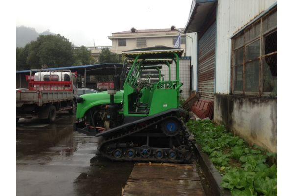宗南东方红C702S履带式拖拉机履带式拖拉机