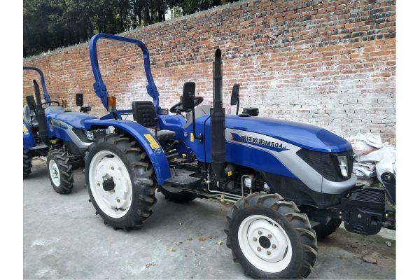 雷沃M504E轮式拖拉机