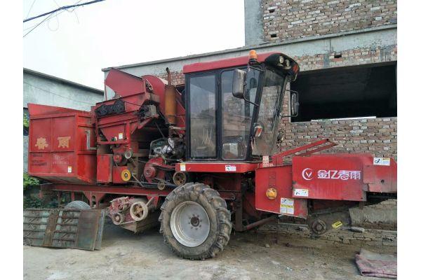 春雨玉米收割机