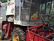 雷沃谷神小麦收割机