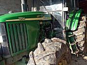 约翰迪尔6A-1204轮式拖拉机