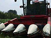 雷沃谷神4YZ-4H自走式玉米收获机