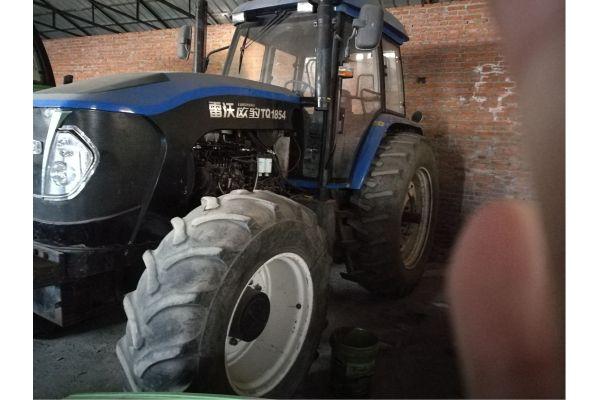 雷沃欧豹TQ1854拖拉机