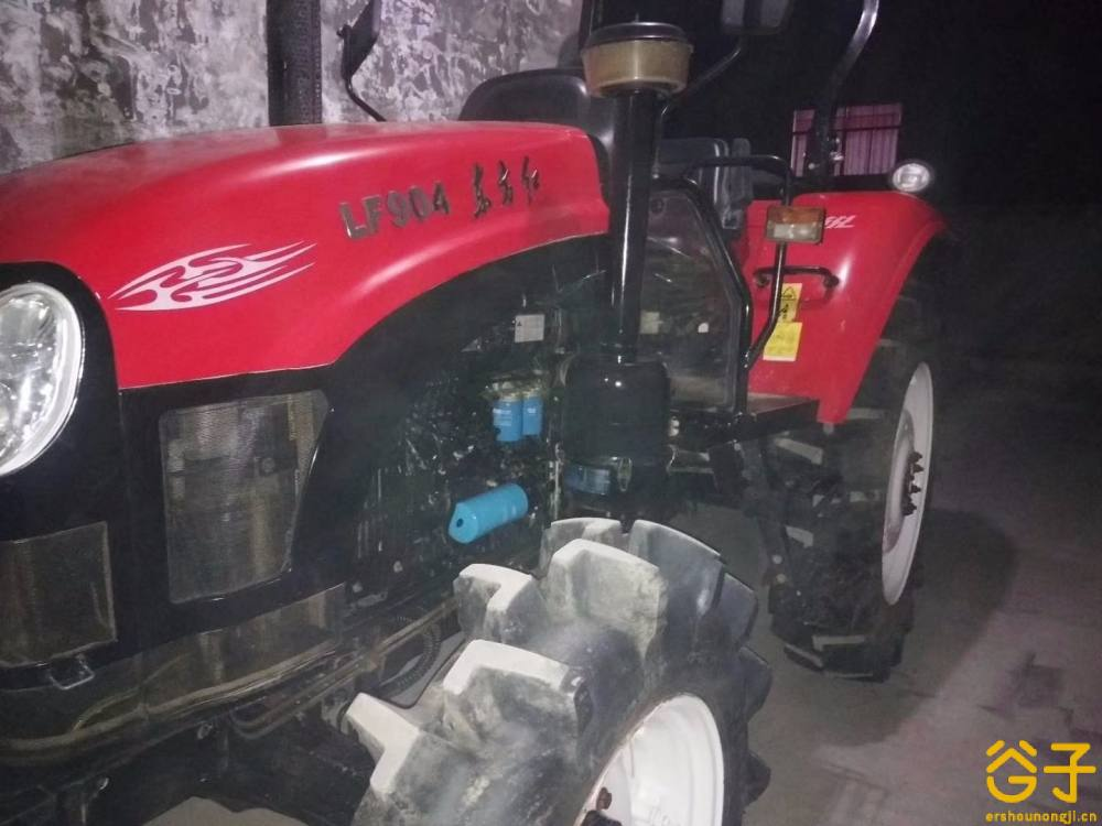 东方红LF904拖拉机