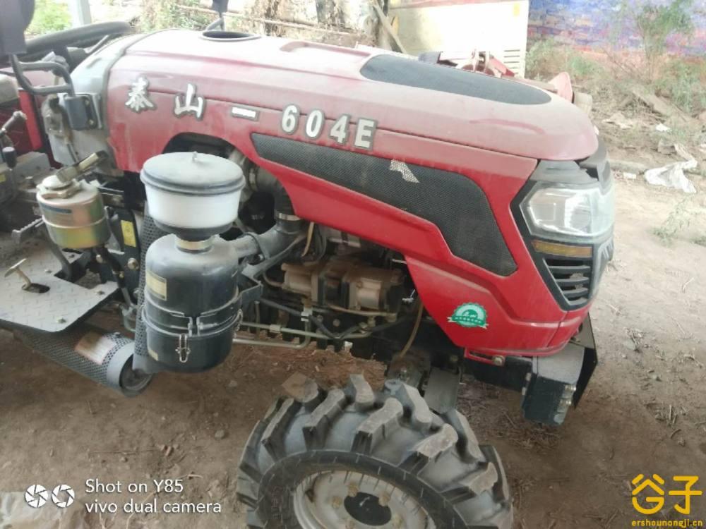 泰山604-E拖拉机
