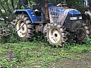雷沃欧豹M904-AA轮式拖拉机