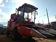 新疆牧神4YZ-3型自走式玉米联合收获机