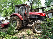 世纪红1404拖拉机