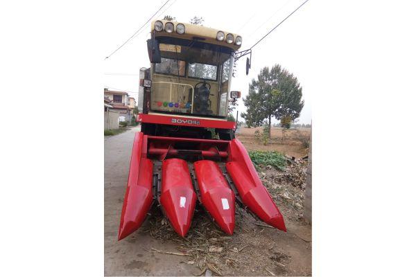 中农博远4YZB-3自走式玉米收获机
