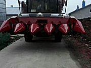 勇猛4YZ自走式玉米收获机