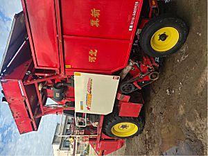 冀新4YZ-2两行穗茎兼收玉米收割机