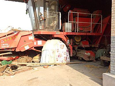 福格森4YZ一4A玉米收割机