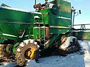 约翰迪尔3316水稻收获机,