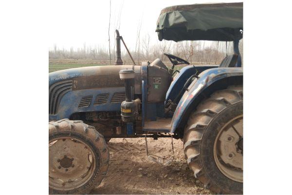雷沃M704拖拉机