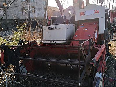 雷沃4LZG40收割机
