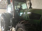 华夏2204A拖拉机
