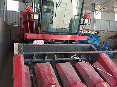 春雨克拉斯4YZP-4C玉米收获机