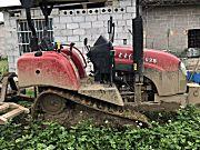 东方红702履带拖拉机