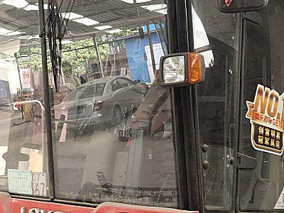 雷沃谷伸GE70收割机