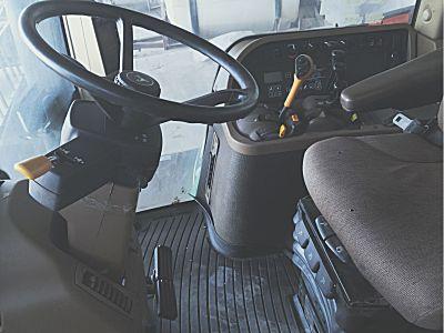 约翰迪尔7930拖拉机