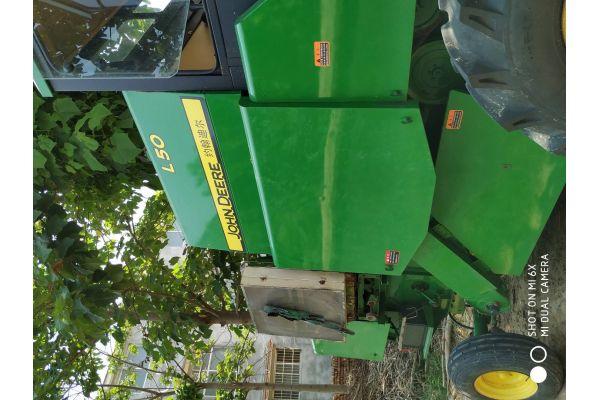 约翰迪尔L50小麦联合收割机