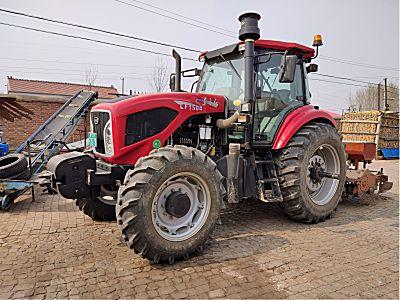 东方红LF1504拖拉机