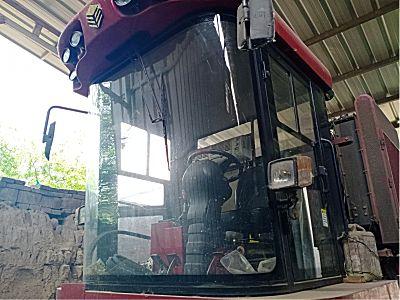 勇猛4YZ-4E玉米收割机