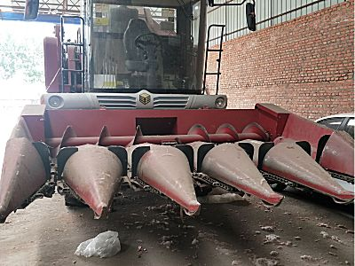 勇猛4YZ-5A玉米收割机
