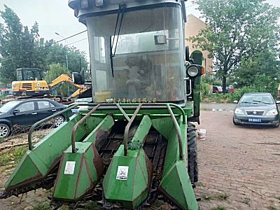 金大丰4YZP-3三行玉米收