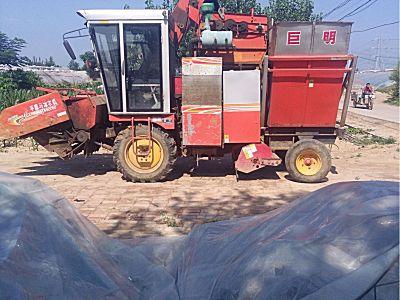 巨明三行玉米收割机