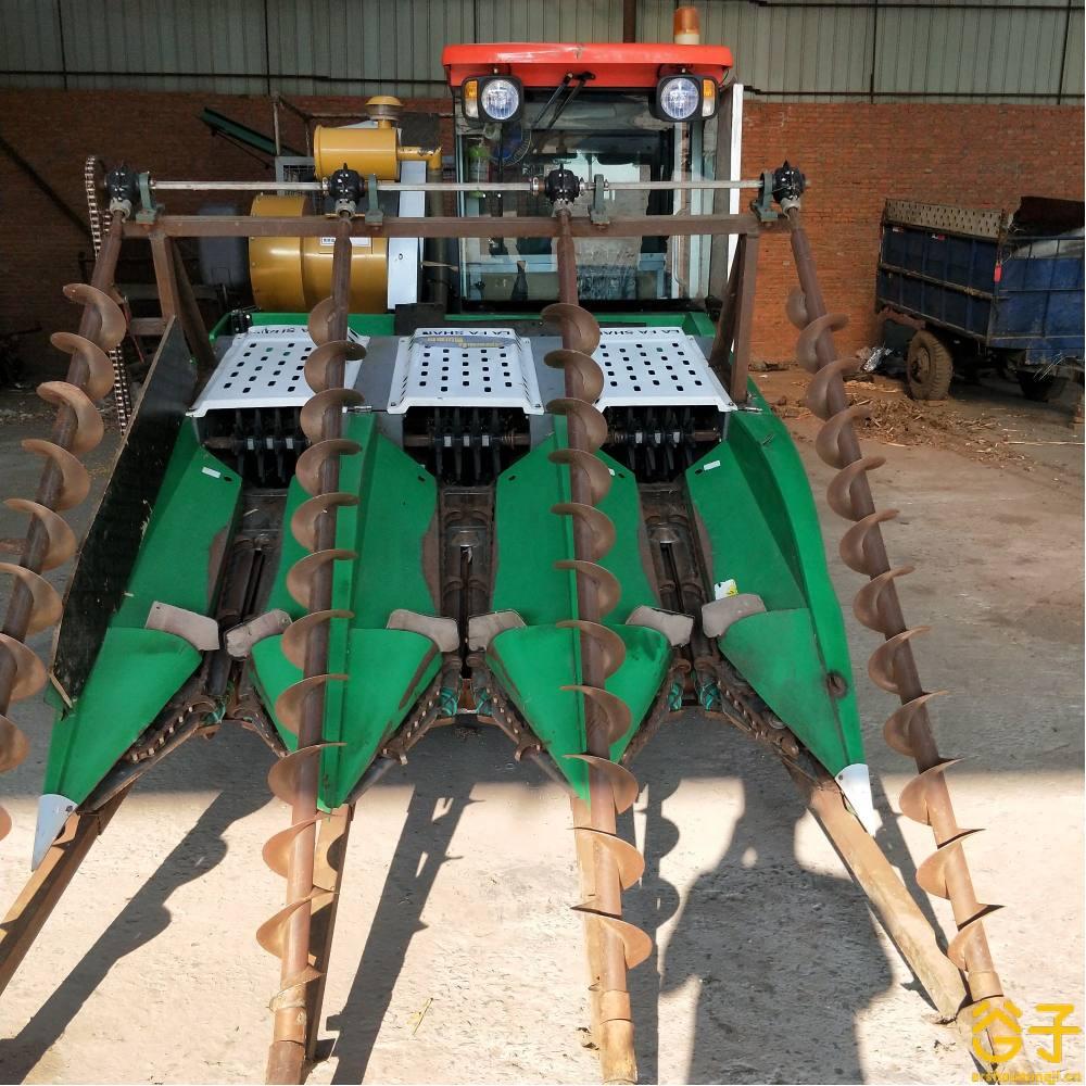 拉法山4YZ-3履带玉米收割机