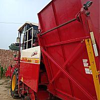 雷沃CB03三行玉米收割机
