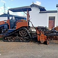 農夫702方向盤式履帶拖拉機帶旋耕機