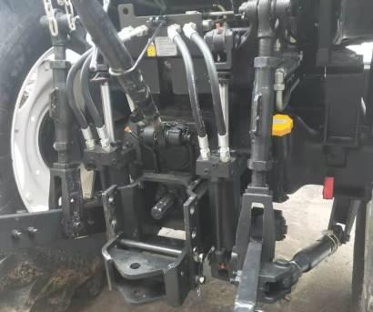 雷沃欧豹M1604-Q拖拉机