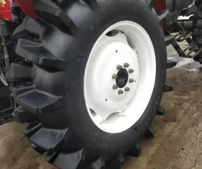 东方红LF804S-1轮式拖拉机