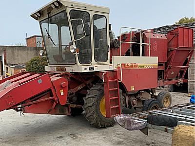 二手福田雷沃CB03带剥皮玉米收割机