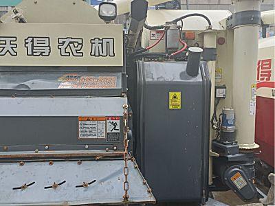 沃得锐龙尊享版4LZ-6.0EK(Q)联合收割机