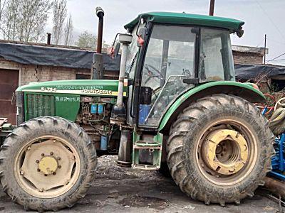 二手约翰迪尔5-754拖拉机