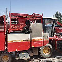雷沃4YZ-4Q自走式玉米收獲機